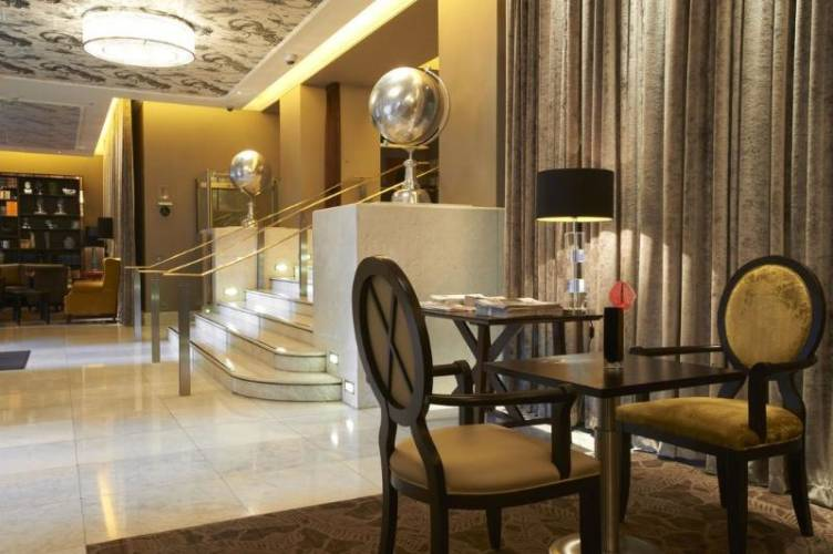 Photo The Waldorf Hilton