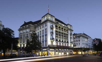 Valokuva Savoy Hotel Baur en Ville