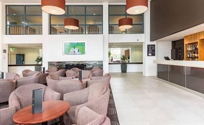 Heartland Hotel Auckland Airport In Auckland New Zealand Stayforlong
