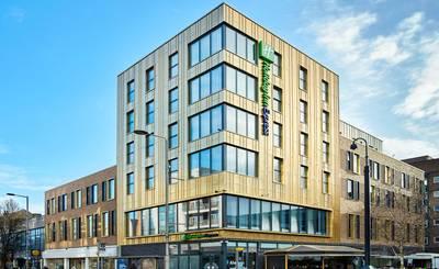 Photo Holiday Inn Express London Ealing